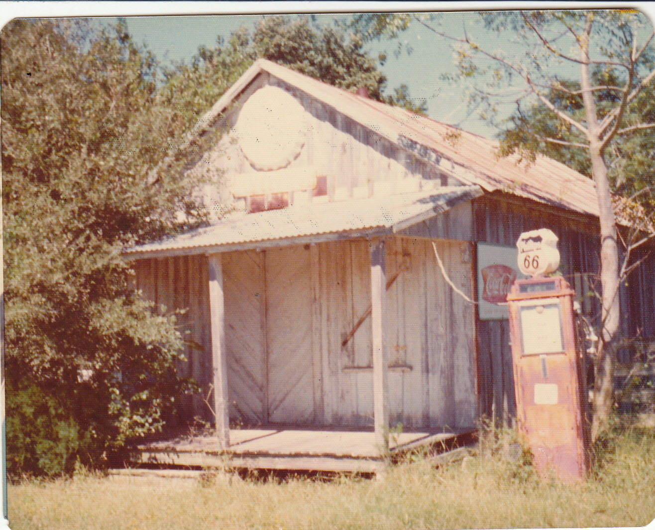 Haak Store near Pattison