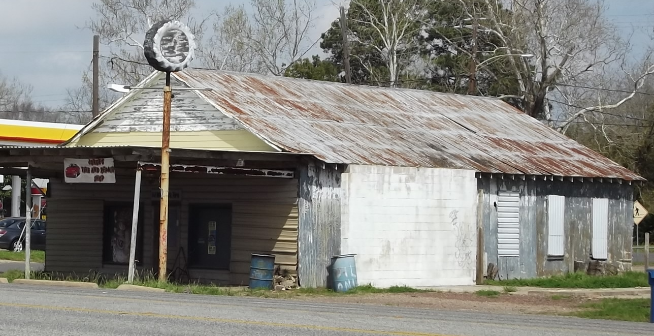 Unknown Old Gas Station